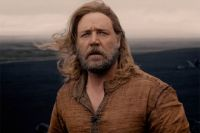 Рассел Кроу в роли Ноя.
