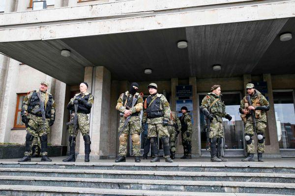 При этом пресс-секретарь Белого дома Джей Карни заявил, что в выходные в Киеве побывал Джон Бреннан, глава ЦРУ.