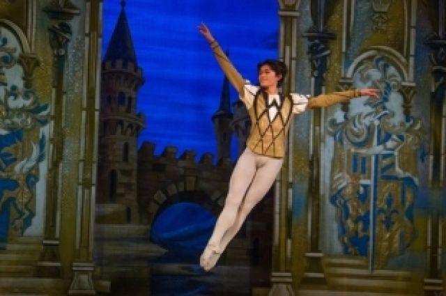 Солист челябинского балета Ясуоми Акимото стал лауреатом конкурса в Перми