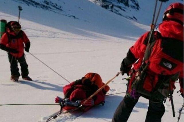 Эвакуация альпиниста с Корякского вулкана