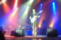 Стив Вай выступал на сцене почти 2,5 часа.
