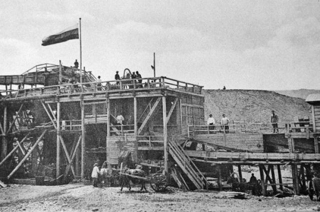 Казармы рабочих на Ленских приисках, 1912 год.