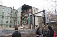 Стены дома рухнули на глазах у жителей