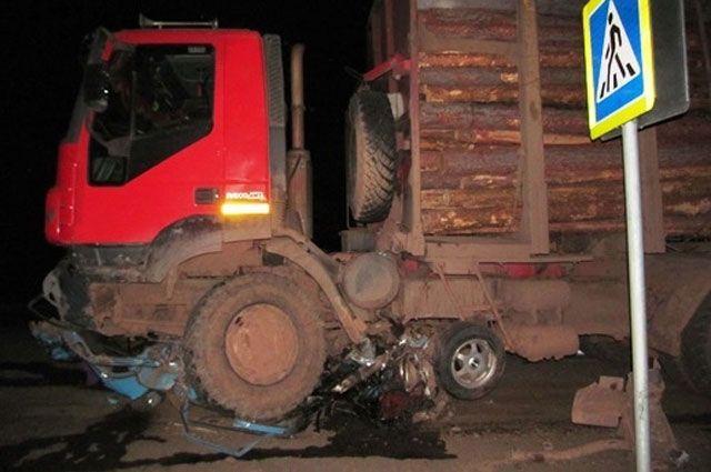 Смертью другого водителя закончился выезд грузовика на встречную полосу.