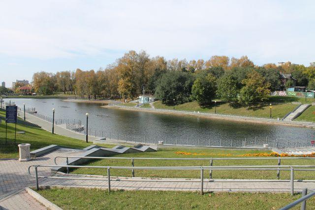Один из прудов в центре Хабаровска