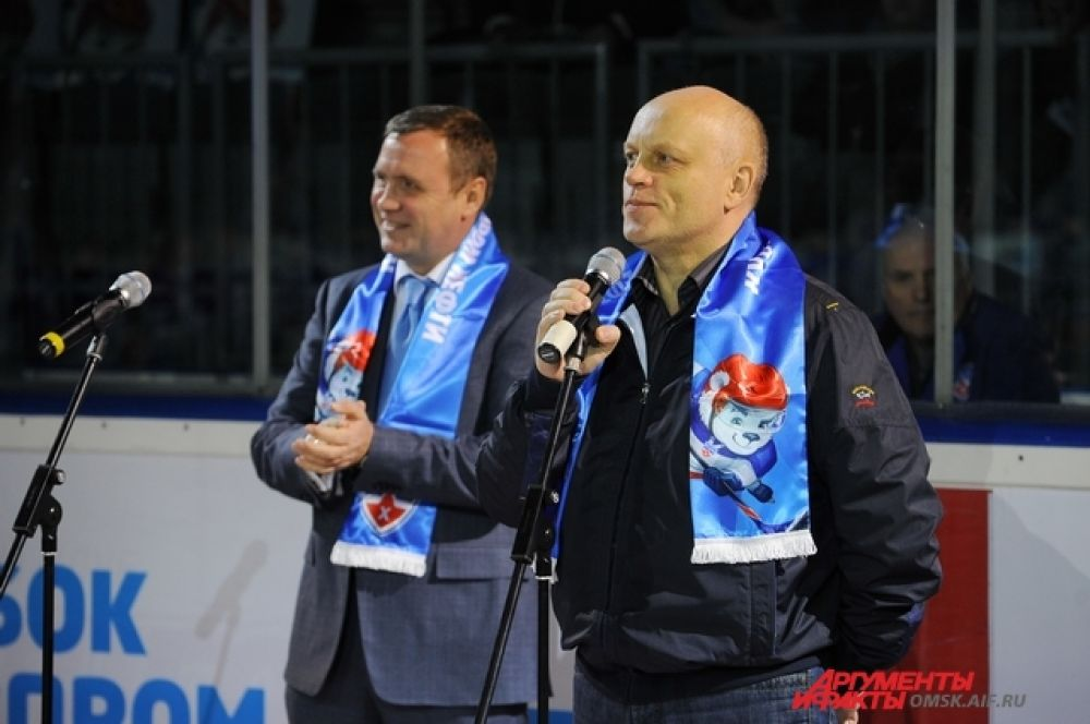 В Омске открылся Турнир среди детских хоккейных команд «Кубок Газпромнефти».