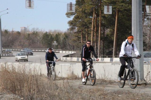 Велодорожка соединила спальные районы Челябинска с городским бором
