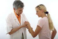 Своевременное обращение к врачу - лучший способ избежать тяжелых последствий.