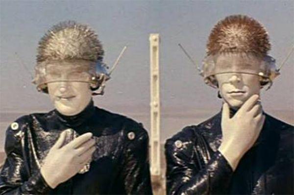В 70-х Леньков сыграл одного из роботов исполнителей в научно-фантастическом телевизионном фильме «Отроки во вселенной».