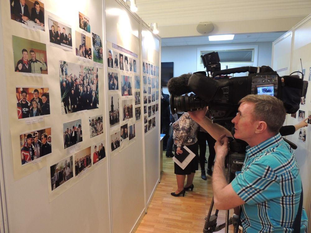 Фотографии депутатов первых созывов гордумы пользовались не меньшим вниманием у СМИ.