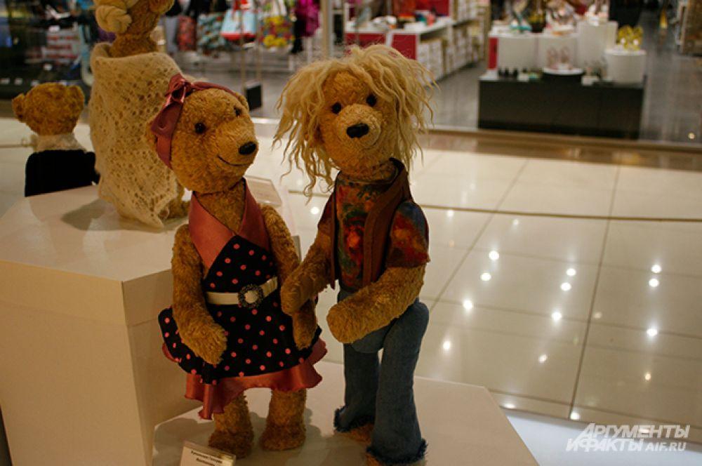 Мишки Тедди были представлены на выставке в самых разных образах.