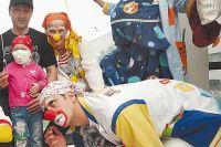 Клоунский нос Кости Седова вытащил с того света не одного ребёнка...