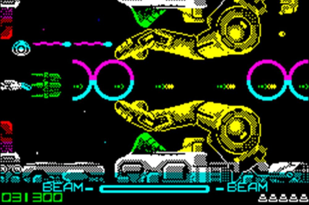 Вероятно, главным хитом конца 80-х стал космический шутер R-Type, заложивший основы целого жанра видеоигр. Любопытно, что первый кассетный релиз игры был бракованным – по ошибке вместо восьмого уровня повторно был записан седьмой, и пройти игру было невозможно. Затем разработчики выпустили новую версию и теперь R-Type регулярно занимает высокие места в рейтингах видеоигр.