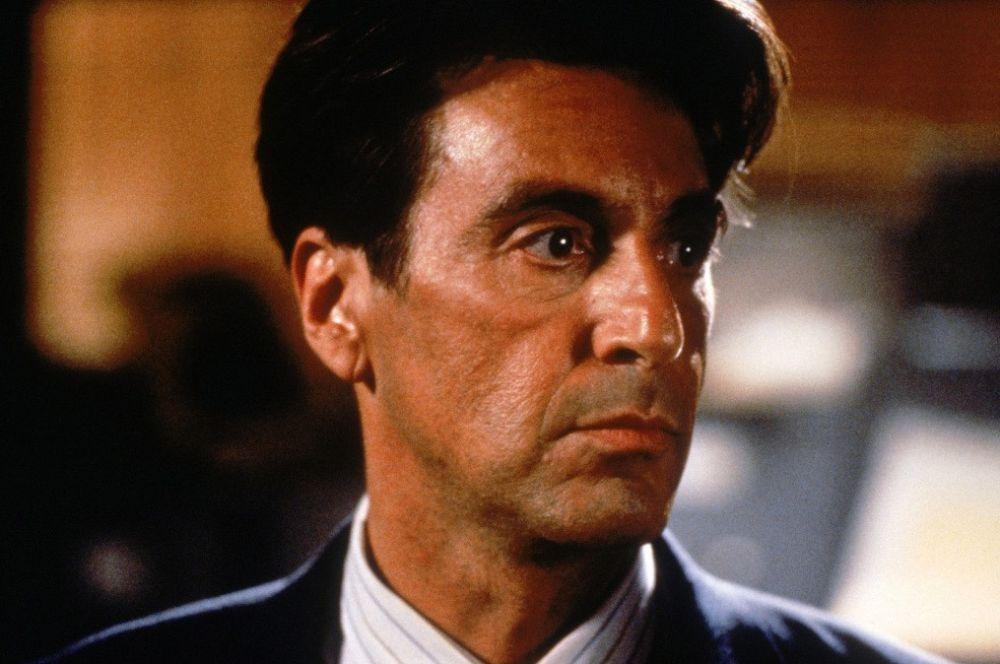 В 1994 году Аль Пачино был номинирован на «Оскар» в двух номинациях – за лучшую мужскую роль («Запах женщины») и за мужскую роль второго плана («Гленгарри Глен Росс»).