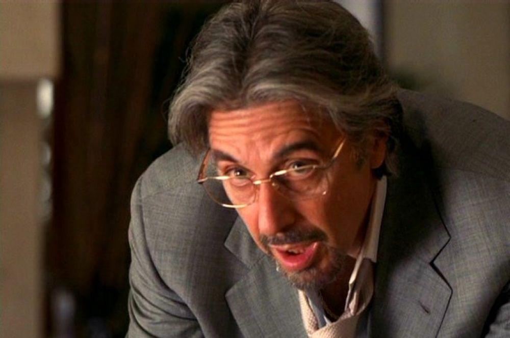 Аль Пачино начинал карьеру с роли в сериале «Полиция Нью-Йорка», но чаще всего в своей карьере играл гангстеров – в восьми фильмах: трилогия «Крёстный отец», «Лицо со шрамом», «Дик Трэйси», «Путь Карлито», «Донни Браско» и «Джильи».