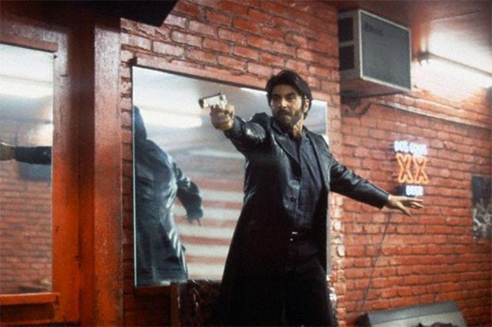 В 1993 году Аль Пачино сыграл пуэрто-риканского торговца наркотиками в картине «Путь Карлито» – ровно через десять лет после выхода фильма «Лицо со шрамом».