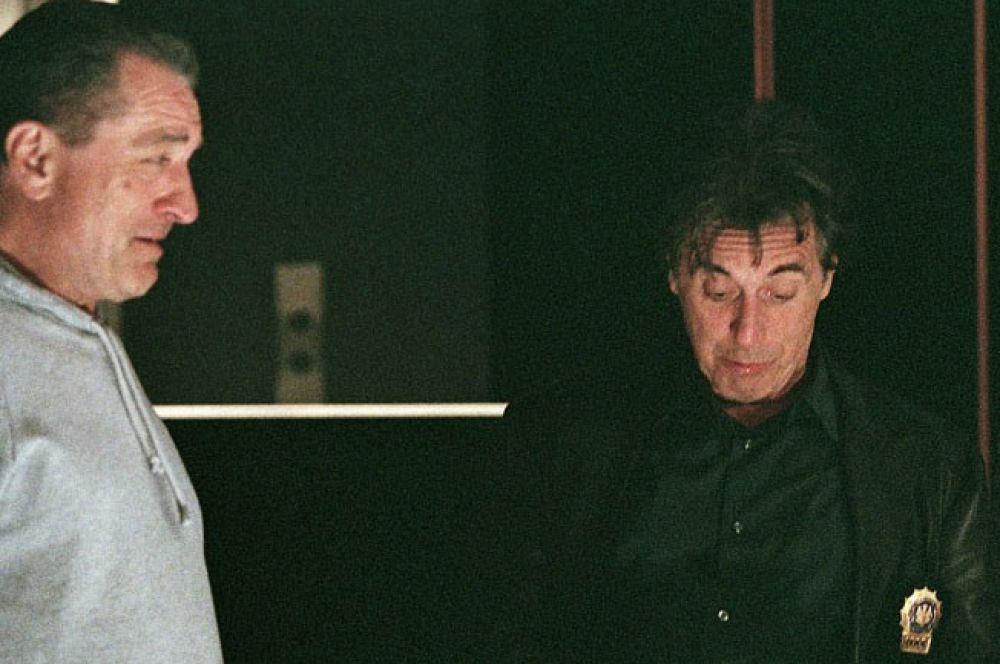 Аль Пачино трижды играл в одном фильме с Робертом де Ниро: «Крёстный отец 3», «Схватка» и «Право на убийство».