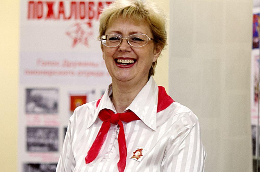 Работники библиотеки провели викторины по советскому времени.