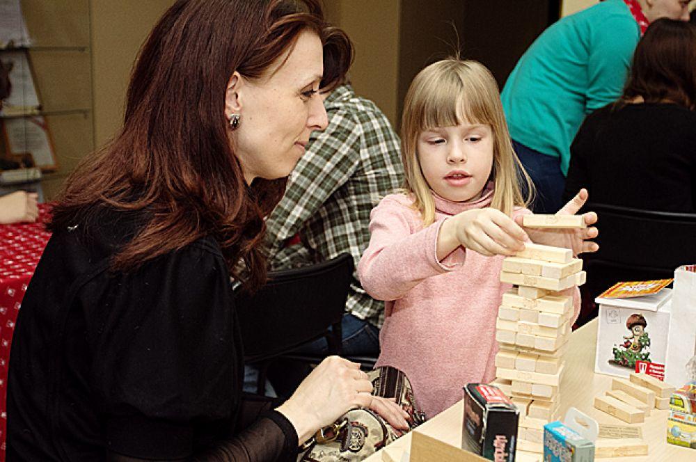 Для самых маленьких посетителей библиотеки были подготовлены разнообразные игры.