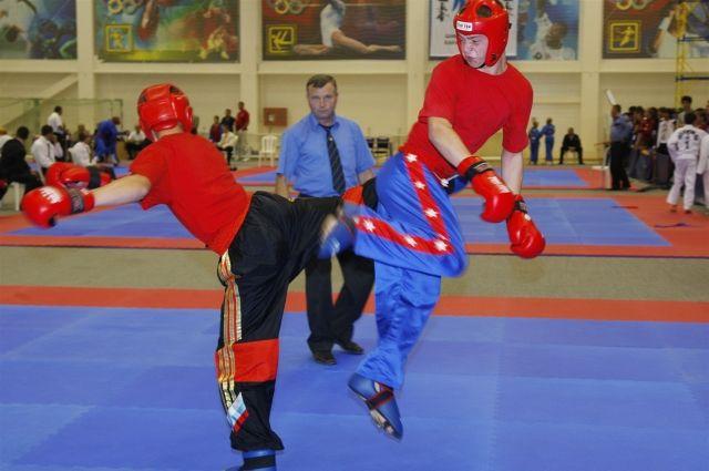 В Омске прошли соревнования по кикбоксингу.