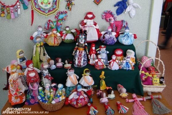 Кукольная экспозиция.