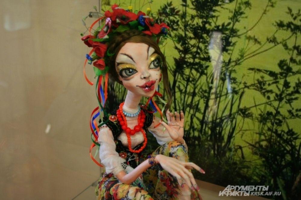Авторская кукла выглядит как живой сказочный персонаж.