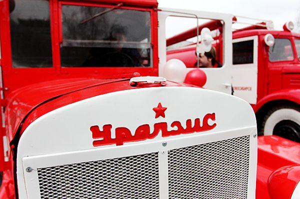 В автопробеге участвовали пожарные автомобили 1930–1960-х годов
