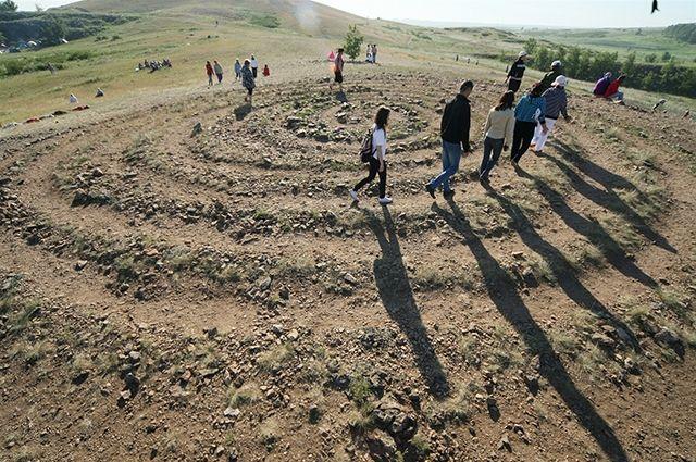 Заповедник «Аркаим» открывает туристический сезон на Южном Урале