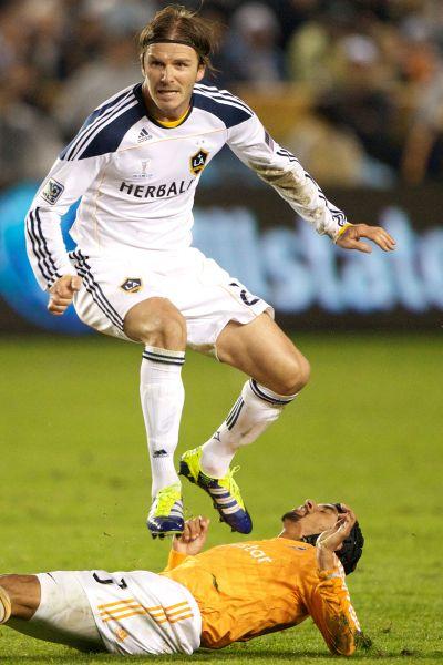 Игра Бэкхема в составе «Лос-Анджелес Гэлакси» спровоцировала в США огромный рост интереса к футболу. За 6 лет в США Бекхэм получил несколько серьезных травм и забил 20 голов.