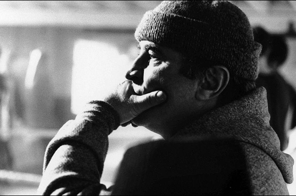 За роль в спортивной трагикомедии Шейна Медоуза «24:7» Хоскинс в 1997 году получил награду Европейской киноакадемии.