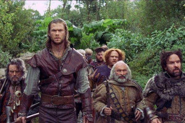 Позже Хоскинс отметился ролью в другом семейном проекте — фильма «Белоснежка и охотник» с Шарлиз Терон и Крисом Хемсвортом.