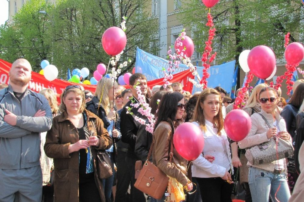 Шествие от площади Победы до Никитинской площади