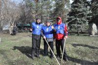 «Ростелеком» организовал субботник на Аллее связистов.