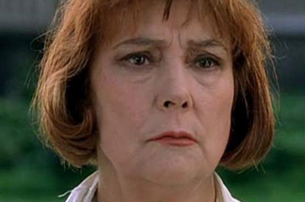 В кино Татьяна Самойлова вернулась уже в 2000-х, сыграв в криминальной драме «24 часа» мать братьев-убийц, охотившихся за киллером.
