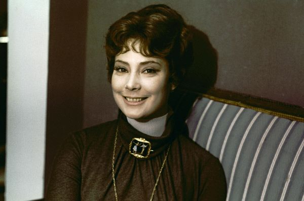Казалось, на Самойлову должны один за другим посыпаться предложения, но её репутация выдающейся драматической актрисы отпугивала многих продюсеров – зачастую требовались более шаблонные актрисы. На фото: Татьяна Самойлова в 1968 году.