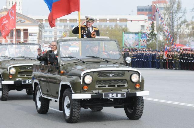 В Омске будут ограничено движение транспорта во время проведения парада Победы.