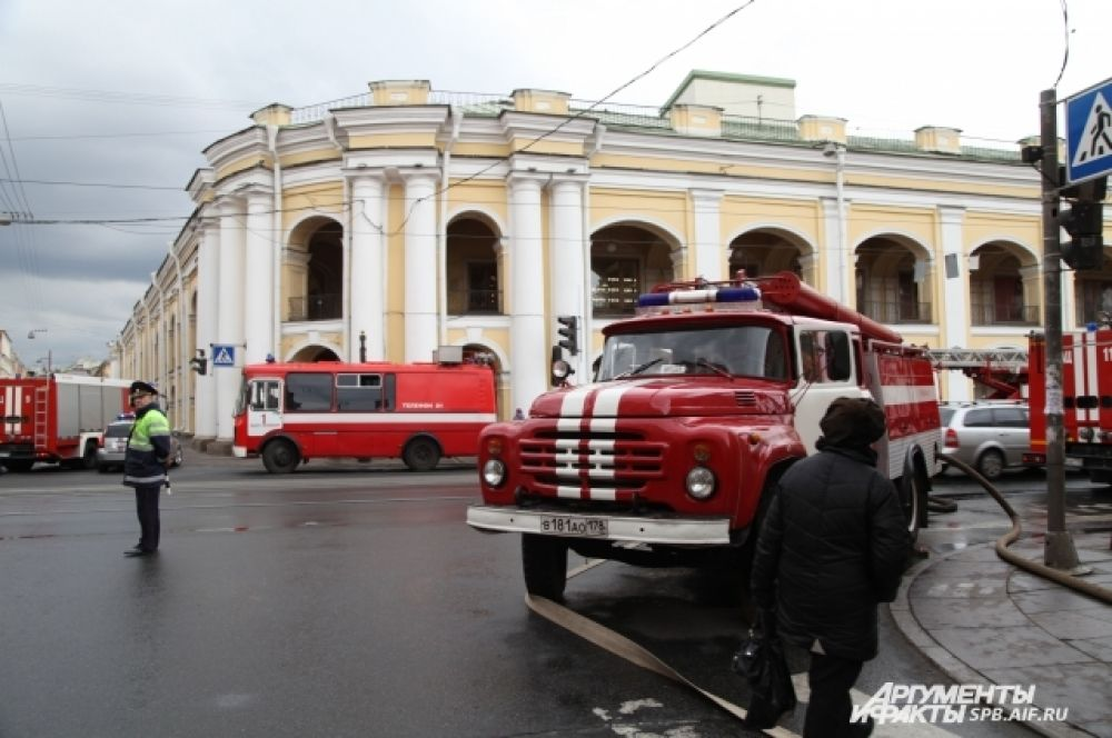 Пожар тушили на улице Ломоносова, 3.