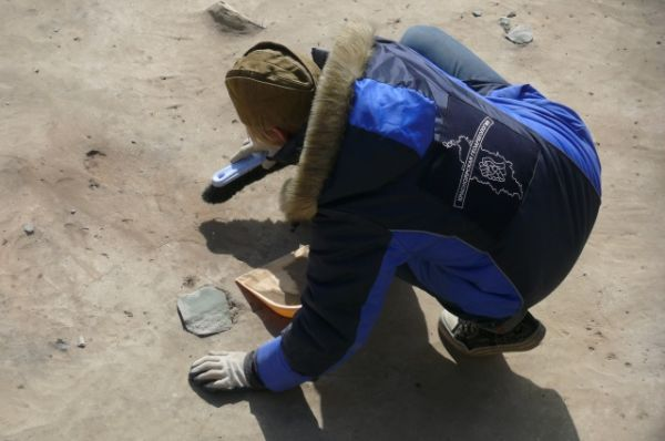 Представление о древних людях дают и найденные во время раскопок следы охры - природной минеральной краски.