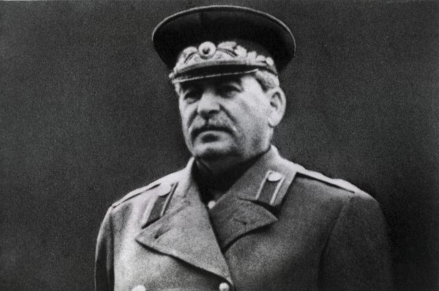 В День Победы в Екатеринбурге будут раздавать шары с Иосифом Сталиным