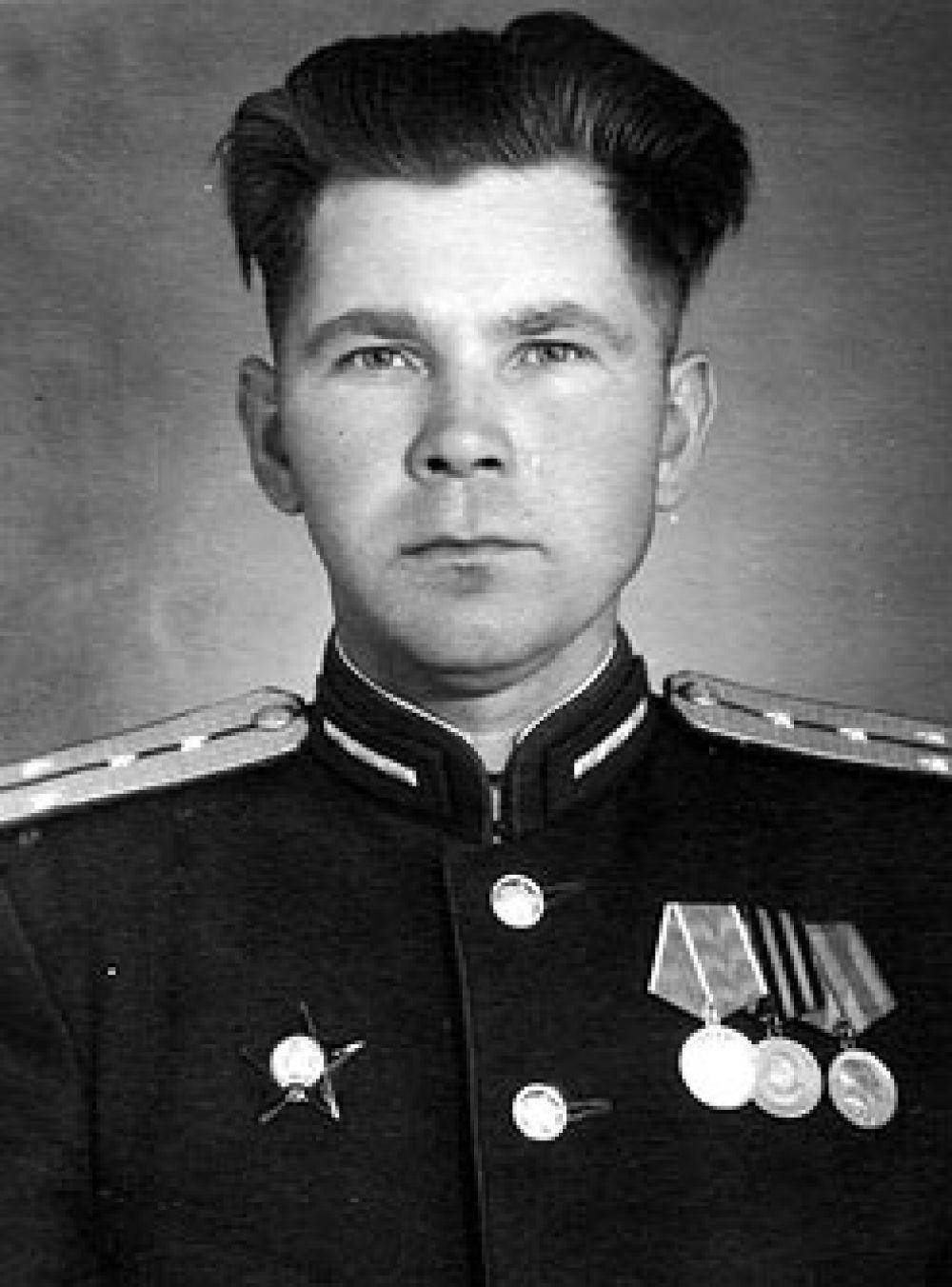 Шелякин Александр Андреевич командовал стрелковым батальоном под Воронежем в 1942 году.