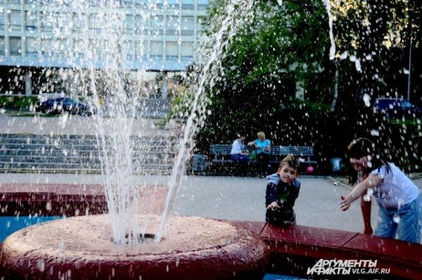 К Дню Победы мэрия планирует запустить фонтан в сквере им. Симбирцева.