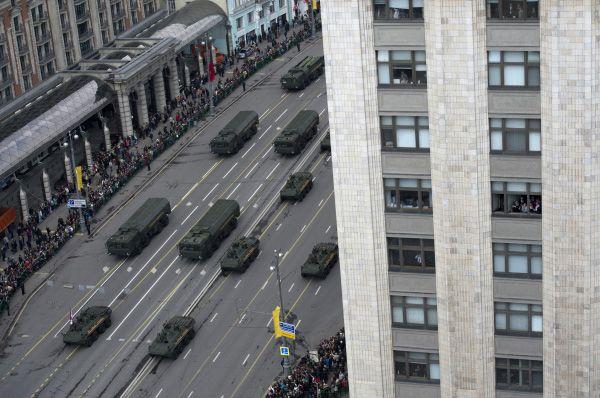 Парад Победы начнётся 9 мая в 10.00 по московскому времени.