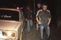 В салоне разыскиваемого автомобиля находились пять человек.