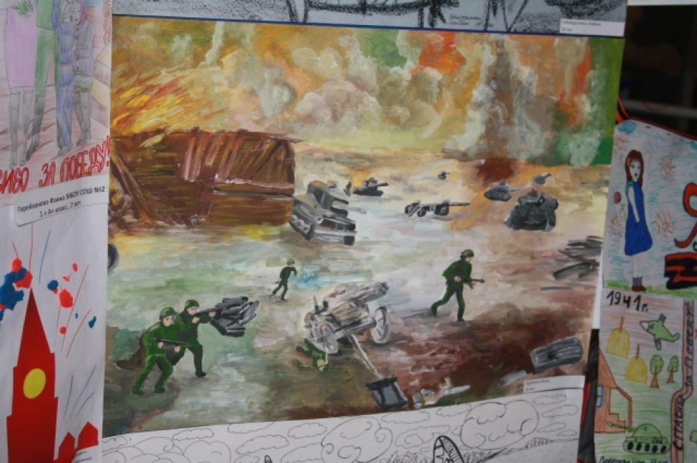 Дети изобразили кадры войны, памятники воинам-победителям