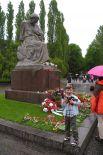 В Восточной Германии этот день вплоть до середины 60-х назывался Днём Освобождения. Сейчас этот день отмечают как и в других странах – День Победы в Европе.  На фото: памятник в Берлине.