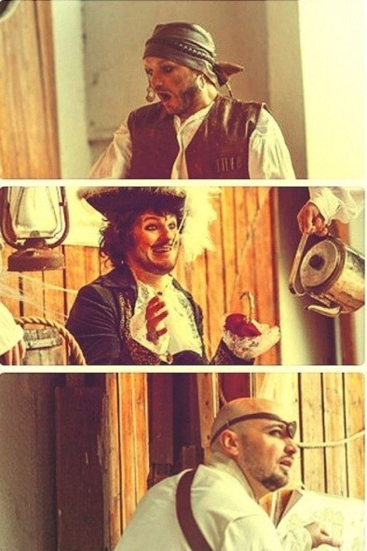 Группа «Авиатор» перевоплотилась в пиратов