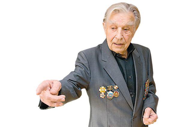 Михаил Худолеев.