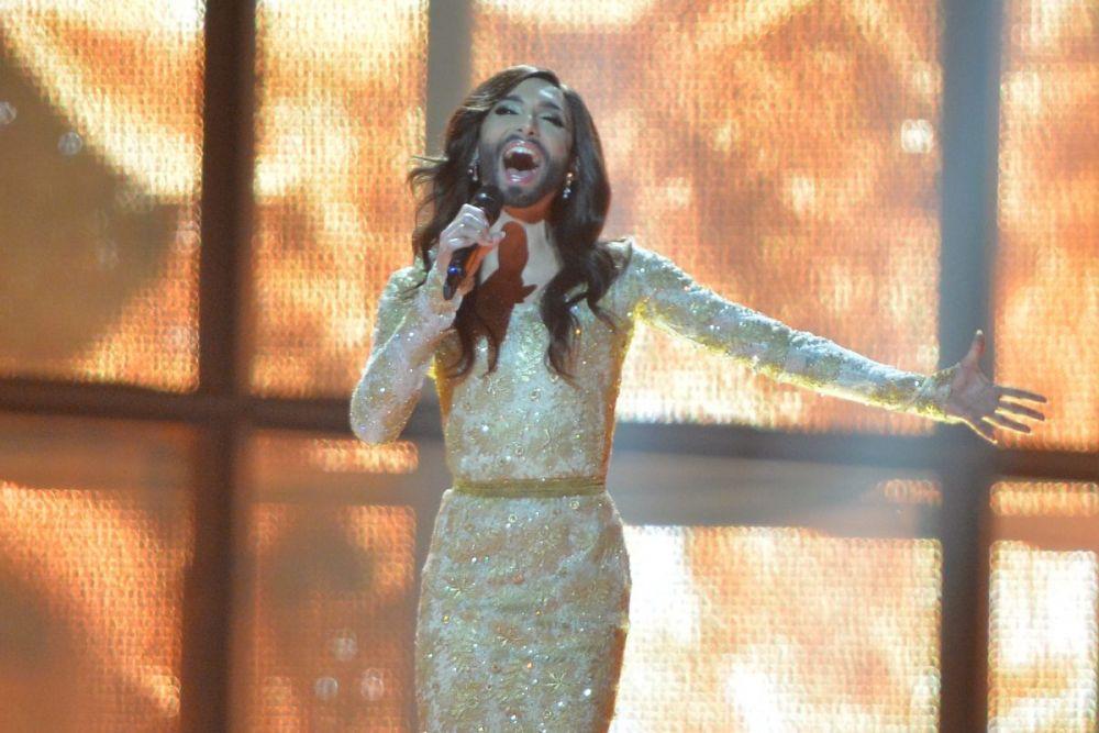 На «Евровидении-2014» Вюрст исполнила поп-балладу «Rising Like A Phoenix».