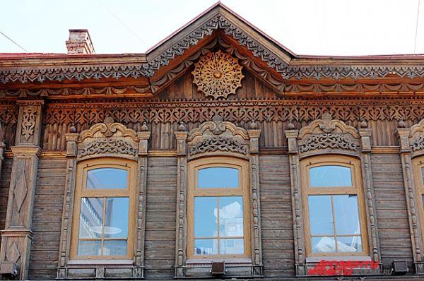 Памятник деревянного зодчества по улице Максима Горького (бывшая Тобизеновская), дом 40