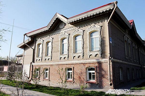 Памятник деревянного зодчества по улице Большевистская, дом 29